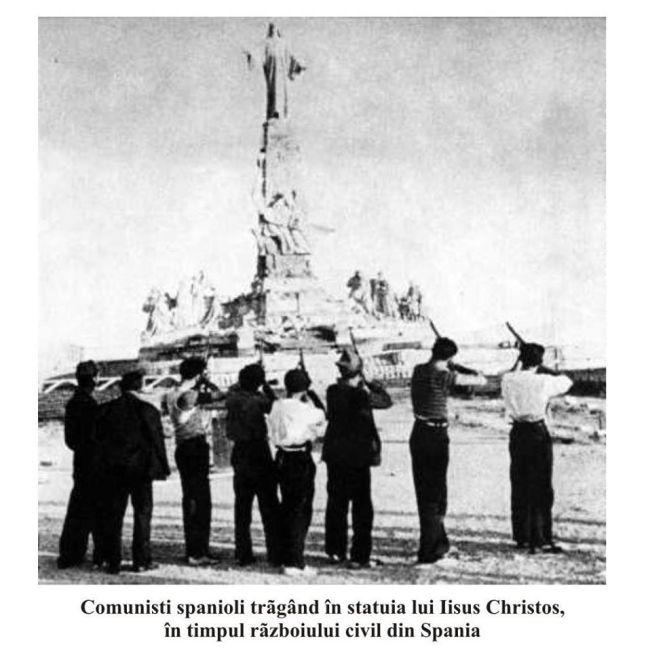 MM - comunisti spanioli impuscand statuia lui Hristos
